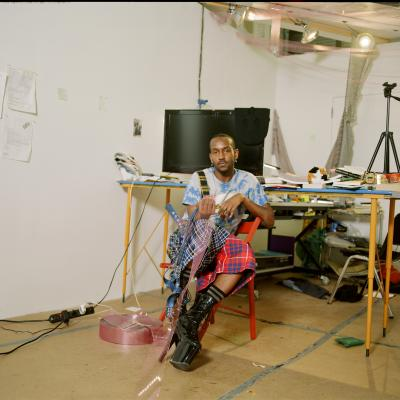 Elliot Reed in his studio